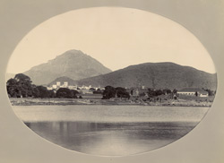 Panoramic view of Junagadh from the Mota-Jalao (lake)